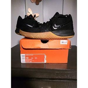 Kyrie FlyTrap sneakers